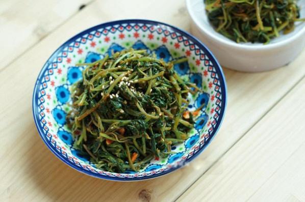 Cách chế biến món rau dền trộn cay Hàn Quốc